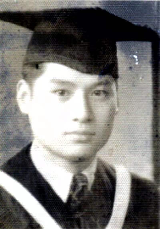 1942大学毕业 (1).jpg